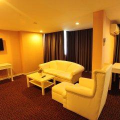 Отель Aunchaleena Grand Бангкок комната для гостей фото 5