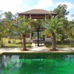Отель Phoenix Lakeside Pool Villa бассейн фото 3