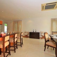 Отель Pattaya Sunset Villa 4 Bedroom Sleeps 8 питание фото 2