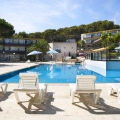 Отель Aparthotel Comtat Sant Jordi бассейн