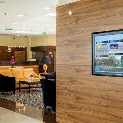 Отель Courtyard by Marriott Warsaw Airport интерьер отеля фото 2