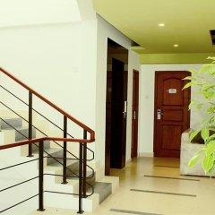 Отель Thilhara Days Inn интерьер отеля