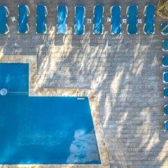 Отель Hostal Juan Palma бассейн