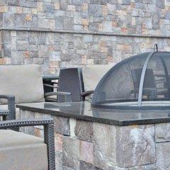 Отель Hampton Inn & Suites Columbia/Southeast-Fort Jackson бассейн фото 3