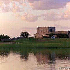 Отель Doubletree By Hilton Acaya Golf Resort Верноле спортивное сооружение