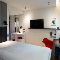 Отель citizenM Amstel Amsterdam Нидерланды, Амстердам - отзывы, цены и фото номеров - забронировать отель citizenM Amstel Amsterdam онлайн удобства в номере фото 2
