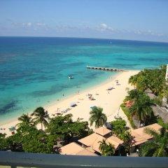 Отель Ocean Suite Beach Front at Mobay Club пляж фото 2