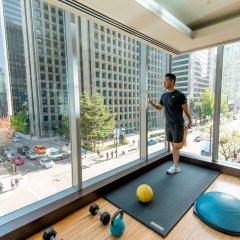 Отель Shangri-La Hotel Vancouver Канада, Ванкувер - отзывы, цены и фото номеров - забронировать отель Shangri-La Hotel Vancouver онлайн фитнесс-зал фото 2