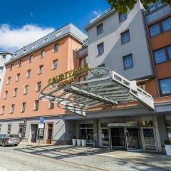 Отель Courtyard By Marriott Pilsen Чехия, Пльзень - отзывы, цены и фото номеров - забронировать отель Courtyard By Marriott Pilsen онлайн вид на фасад