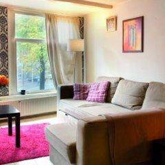 Отель Amsterdam Cool Bed & Breakfast Нидерланды, Амстердам - отзывы, цены и фото номеров - забронировать отель Amsterdam Cool Bed & Breakfast онлайн комната для гостей фото 2