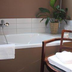 Отель B&B Les Habitats Nomades Бельгия, Брюссель - отзывы, цены и фото номеров - забронировать отель B&B Les Habitats Nomades онлайн ванная