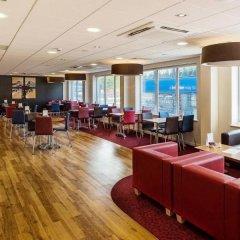 Отель Travelodge Southampton Central гостиничный бар