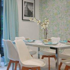 Апартаменты Feelathome Madrid Suites Apartments питание