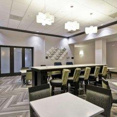 Отель Hampton Inn & Suites Los Angeles Burbank Airport Лос-Анджелес фото 5