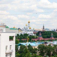 Гостиница Penthouse with Kremlin Views балкон