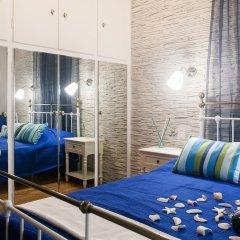 Апартаменты Gold and Blue Luxurious Apartment комната для гостей фото 3