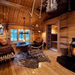 Отель Engholm Husky Design Lodge комната для гостей