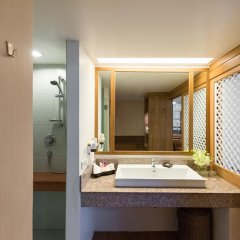 Отель Katathani Phuket Beach Resort ванная фото 2