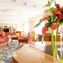 Montien Riverside Hotel интерьер отеля