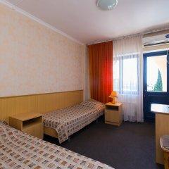 Отель Морская звезда (Лазаревское) Сочи комната для гостей