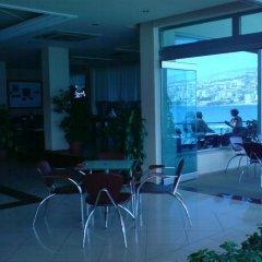 Hotel Royal Saranda Саранда гостиничный бар