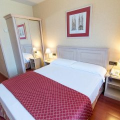 Отель Sunotel Junior Барселона комната для гостей фото 5