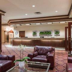 Отель Ramada Plaza & Conf Center by Wyndham Calgary Airport Канада, Калгари - отзывы, цены и фото номеров - забронировать отель Ramada Plaza & Conf Center by Wyndham Calgary Airport онлайн интерьер отеля фото 2