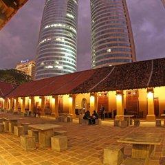 Отель Hilton Colombo Шри-Ланка, Коломбо - отзывы, цены и фото номеров - забронировать отель Hilton Colombo онлайн бассейн фото 2