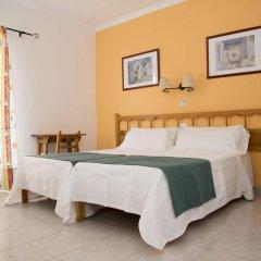 Отель Hostal Valencia комната для гостей