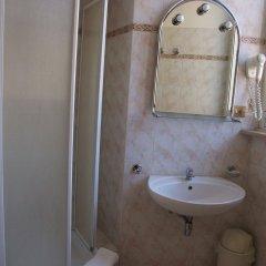 Отель Nazional Rooms Италия, Рим - 1 отзыв об отеле, цены и фото номеров - забронировать отель Nazional Rooms онлайн ванная фото 2