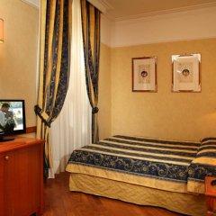 Отель Albergo Ottocento Италия, Рим - 1 отзыв об отеле, цены и фото номеров - забронировать отель Albergo Ottocento онлайн удобства в номере фото 2