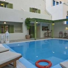 Отель Studios Marios Греция, Остров Санторини - отзывы, цены и фото номеров - забронировать отель Studios Marios онлайн бассейн