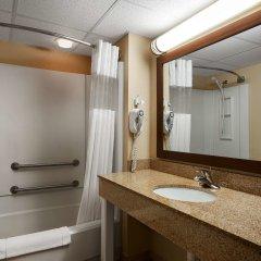 Отель Quality Inn США, Радфорд - отзывы, цены и фото номеров - забронировать отель Quality Inn онлайн ванная