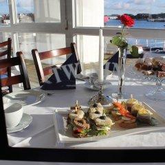 Отель Hummeren Hotel Норвегия, Сола - отзывы, цены и фото номеров - забронировать отель Hummeren Hotel онлайн питание фото 2