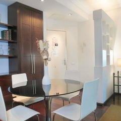Отель DFlat Escultor Madrid 508 Apartments Испания, Мадрид - отзывы, цены и фото номеров - забронировать отель DFlat Escultor Madrid 508 Apartments онлайн комната для гостей фото 2