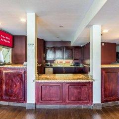 Отель Red Roof Inn Tulare - Downtown/Fairgrounds в номере