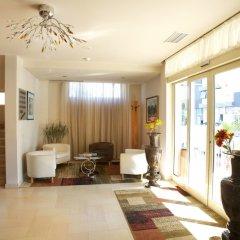 Aragosta Hotel & Restaurant интерьер отеля фото 3
