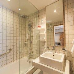 Отель Ramada by Wyndham Phuket Southsea ванная фото 2