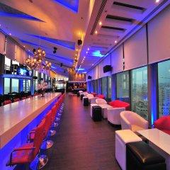 Отель Grand Millennium Amman гостиничный бар
