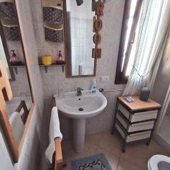 Отель Cortileint14 Италия, Вербания - отзывы, цены и фото номеров - забронировать отель Cortileint14 онлайн ванная