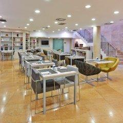Отель Hesperia Ramblas Испания, Барселона - отзывы, цены и фото номеров - забронировать отель Hesperia Ramblas онлайн питание фото 2