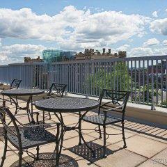 Отель Best Western Plus Victoria Park Suites Канада, Оттава - отзывы, цены и фото номеров - забронировать отель Best Western Plus Victoria Park Suites онлайн балкон
