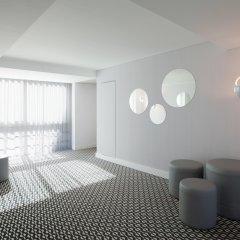 Отель Lutecia Smart Design Hotel Португалия, Лиссабон - 2 отзыва об отеле, цены и фото номеров - забронировать отель Lutecia Smart Design Hotel онлайн интерьер отеля фото 2