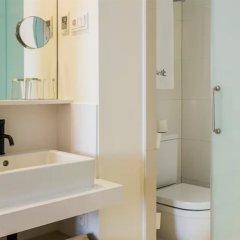 Отель Denit Barcelona Испания, Барселона - 9 отзывов об отеле, цены и фото номеров - забронировать отель Denit Barcelona онлайн ванная