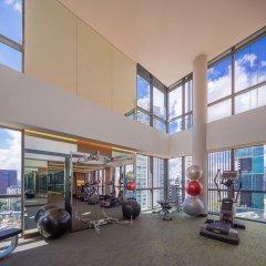 Отель Fraser Residence Orchard фитнесс-зал