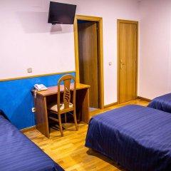 Отель Hostal Montaloya комната для гостей фото 2