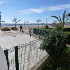 Отель InmoSantos Oasis E3 Испания, Курорт Росес - отзывы, цены и фото номеров - забронировать отель InmoSantos Oasis E3 онлайн бассейн