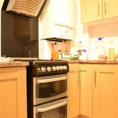Апартаменты 4 Bedroom Apartment in Kilburn With Private Balcony в номере
