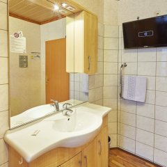Отель Praterstern Австрия, Вена - 8 отзывов об отеле, цены и фото номеров - забронировать отель Praterstern онлайн сейф в номере