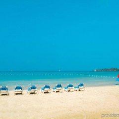 Отель Sunset at the Palms Resort - Adults Only - All Inclusive пляж